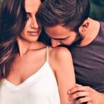 Ljubezen, polna trpljenja: nezmotljivi znaki, da tvoj partner POGREŠA bivšo
