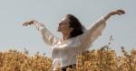 woman-on-a-flower-field-4348589
